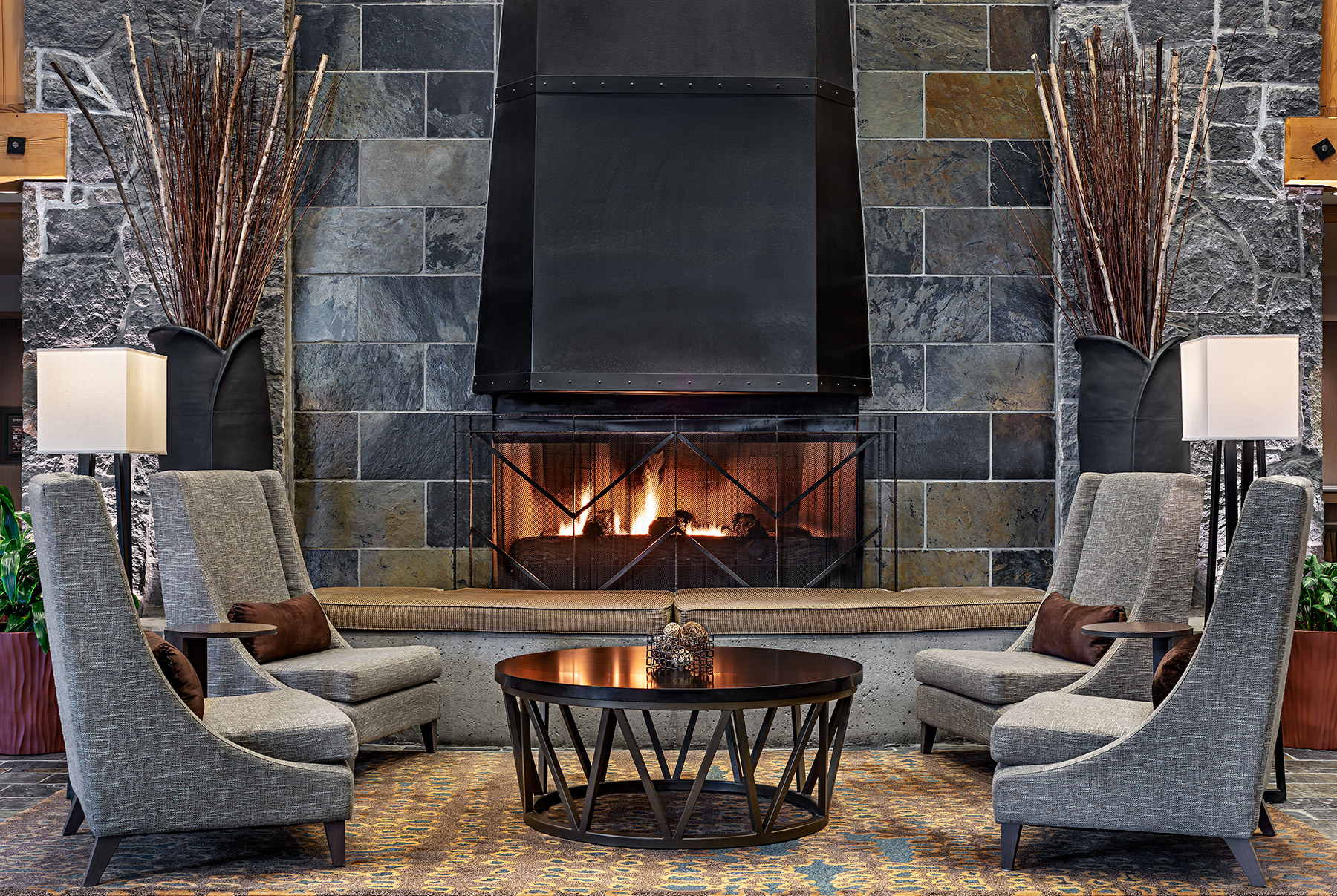 sm-003-R_Lobby_Fireplace_Westin_Whistler